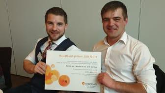 Frank og Ole-Marius Osland med AquaGeni-prisen 2018/2019