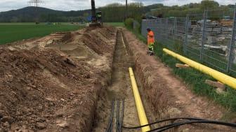 Auf mehreren Kilometern bekommen die Gas- und Stromleitungen im Raum Schneckenlohe eine neue und zugleich gemeinsame Trasse. Foto: Felix Wolfrum, Bayernwerk
