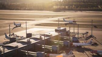 Norwegian: Den positive udvikling i trafiktallene fortsatte i juni