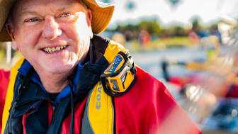 Hi-res image - Ocean Signal - Ocean Signal is advising boaters to wear a PLB on their life jackets to alert search and rescue in an emergency