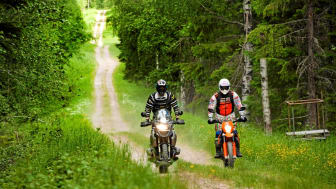 I norra Mellansverige vill man resa bort och meka med motorer