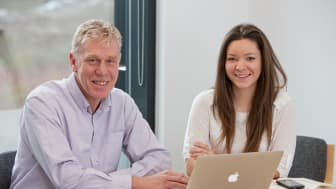 Keith Errey and Rebecca Weir bring extensive industry knowledge and unrivalled expertise in wireless healthcare technologies