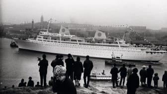 Kungsholms första ankomst till Göteborg år 1966. Foto: Gösta Lidén. Tillhör Sjöfartsmuseet Akvariets samlingar.