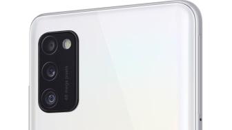 08_Samsung Galaxy A41_prism_crush_white_r30
