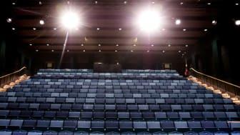 RImbo Kulturscen har plats för 350 besökare och kan användas för allt från kammarokestrar, rockband och solokonserter till föreläsningar och teater.