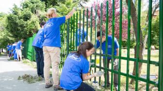 Ford-volontärer vid projekt i Ungern.