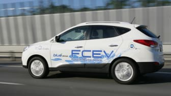Hyundai ix35 FCEV Hydrogen i fart