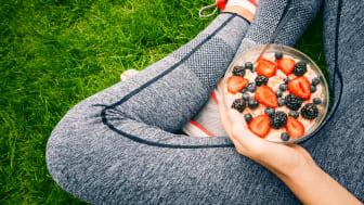 Framförallt unga och kvinnor känner ökad hälsopress under sommarsemestern