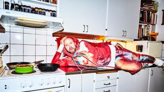 Koreografen och regissören Carl Olof Berg är en av de medverkande i samtalet om den queera kostymen i scen och parad. Foto: Erik Lundvall