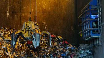 Nestlé har sat sig det mål, at al plastemballage skal kunne genanvendes i 2025. Et meget ambitiøst pilotprojekt på Bornholm med genanvendelse af plastaffald fra Bornholms borgere kan være en af vejene til at nå målet.