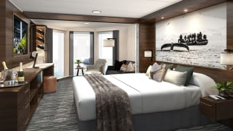SUITE: With large bay windows, Hurtigruten guests can enjoy the spectacular views of the Norwegian coast on board the newly refurbished Hurtigruten vessel MS Richard With. Foto: HURTIGRUTEN