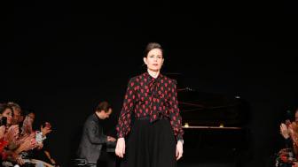 Sara Danius (1962-2019) lämnade efter sig en otrolig samling kläder, skor och accessoarer - som de senaste veckorna fått nytt liv genom initiativet Modet Lever Vidare.