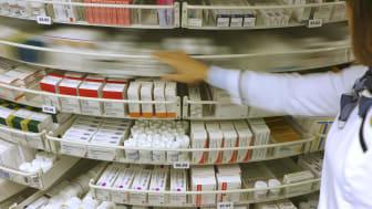 I fjor økte antall døgndoser reseptlegemidler med 2,2 prosent fra året før, til 541 doser pr. innbygger i gjennomsnitt. Dette tilsvarer at hver nordmann tar 1,5 medisindoser hver eneste dag, hele året.