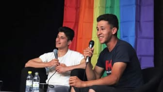 Abbe och Sami har rest runt i Sverige och hållit föredrag om hur det är att vara ung och homosexuell i Afghanistan.