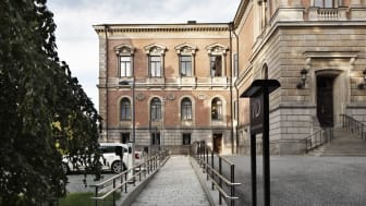 Ny ramp vid Uppsala Universitetshus, en av fler tillgänglighetsanpassningar. Fotograf: Jeanette Hägglund, Statens fastighetsverk