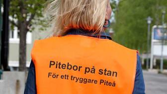 Bildtext: Föreningar nattvandrar i Piteå för att skapa tryggare miljöer. Foto: Marie Öqvist