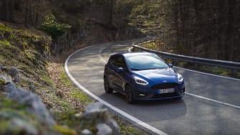 Hårnålesving og køreglæde - de italienske bjergveje i Ford Fiesta ST
