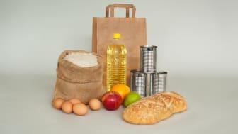 Alternativ till årets julklapp matkasse för stressade konsumenter – matkasse för fattiga familjer