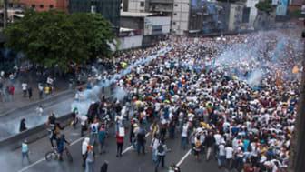Demonstrationer mot Nicolas Maduro, Venezuelas president, i Caracas 19 April 2017.