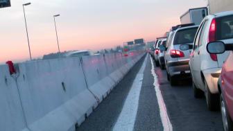 Transportsektorns omställning hindras av otydliga mål och gamla beslut