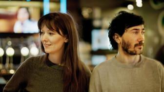 Pella Kågerman och Hugo Lilja är två av de som fått arbetsstipendium inom film. De regisserade nyligen långfilmen Aniara. Fotograf: Kuba Rose.