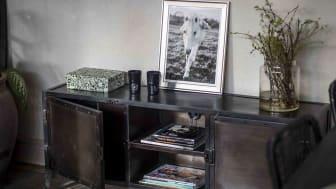 TV-bänk av metall - 140x55x35 cm