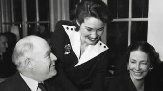 Sara Servitris på Yrkesskola 1947