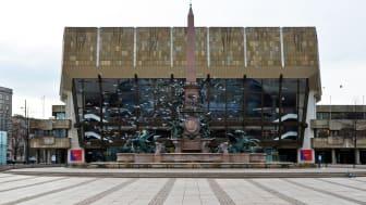 Gewandhaus zu Leipzig und Mendebrunnen auf dem Augustusplatz - Foto: Jasmin Rhein