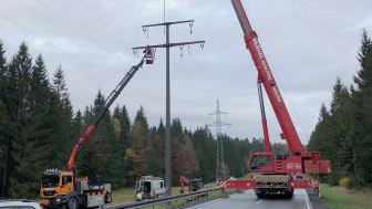 Bayernwerk entfernt alte Freileitung: Straßensperrung zwischen Kleintettau und Steinbach