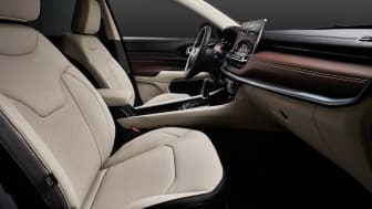 5_New Jeep Compass_Limited interior