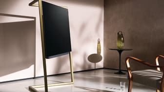 Glamour and simplicity: Loewe bild 9 OLED TV – as elegant as a sculpture. A fascinatingly different take on television.