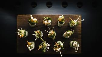 Yasuragi öppnar ny vegansk restaurang vid namn Saisjoku; Daikonrulle med inoki och säsongens grönsaker.