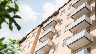 Tack vare att bostadspriserna har gått upp en hel del kan du få både lägre räntekostnad och lindrigare amorteringskrav om du värderar om din bostad.