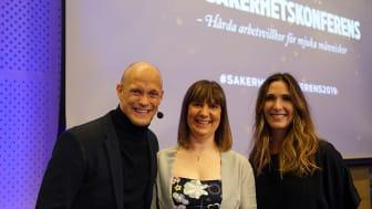 Årets moderator Tobias Karlsson tillsammans med SSGs kommunikationschef Karolin Jonasson och en av föreläsarna Selene Cortes.
