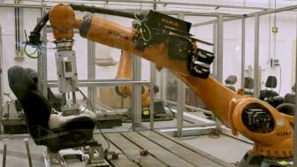 """Fords robotrumpa """"Robutt"""" simulerar bland annat svettiga förare."""