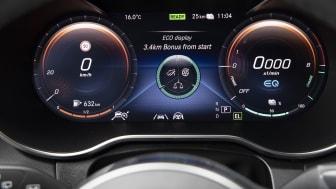 Mercedes-Benz Laddhybrid-GLC 300e 4MATIC-05