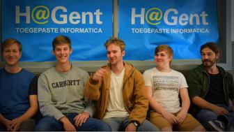 Een team HOGENT-studenten die voor het project 'Talentcoach' kozen