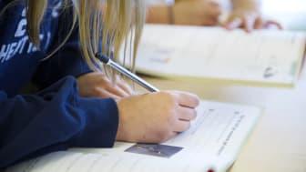Alternativt studentfirande för gymnasieeleverna i Kungsbacka och så påverkas grundskolans sommaravslutningar - det berättar vi mer om på pressträffen imorgon.