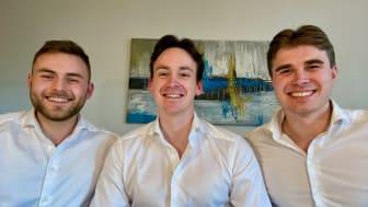 Vinnerne av NM i økonomi 2021: Fra venstre Espen Møller Pettersen, Jacob Fougner og Bendik Aarbu.