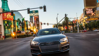 Audi is the first automobile brand to connect the car to the city infrastructure – an important step towards autonomous driving