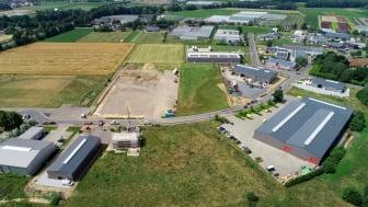 """Viel gebaut und investiert wird derzeit im  Gewerbegebiet """"Hetzert"""" in Straelen. Die Unternehmen hier,  wie in den anderen Straelener Gewerbegebieten, profitieren zukünftig vom Ausbau der Glasfaserinfrastruktur. Luftbild: Gerhard Seybert"""