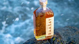 """Isle of Raasay släpper en serie om 3st olika Cask Strength """"Na Sia Single Cask Series"""" baserad på de tre fattyperna som återfinns i kommande Single Malt Core R-02. Endast 280 flaskor av varje Single Cask släpps! WEBLANSERING!"""