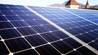 Ausrichtung der Dachfläche und Sonneneinstrahlung entscheiden über den Ertrag und die Wirtschaftlichkeit einer Anlage