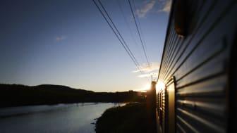 Morgondagens författare ombord på SJs nattåg