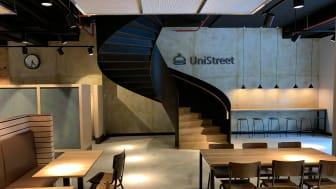Stahlwendeltreppe für den Gastrobereich eines Bürogebäudes in Frankfurt am Main