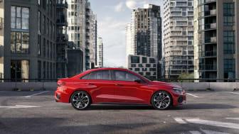 Audi S3 Limousine (Tangorød)