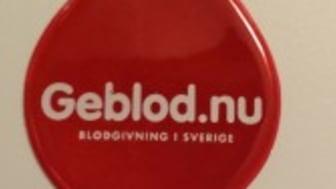 Blodcentralen delar ut reflexer i höstmörkret