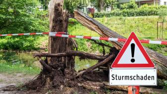 Ab Donnerstag wird es stürmisch - am besten jetzt schon alles festzurren, was zur Gefahr werden kann.