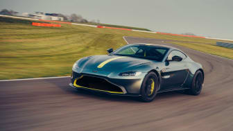 Aston Martin Vantage, foto: Semler Premium Sweden