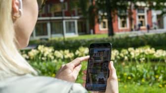I Värmlands Museums nya app finns mobila guider till kulturhistoriskt intressanta platser i Värmland. Foto: Lars Sjöqvist